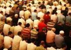 Hatimle teravih namazı kılınan camilere yoğun ilgi