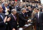 AK Parti'de 3 döneme takılmayan 9 vekil aday değil