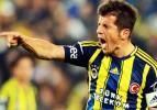UEFA'ya şikayet: Emre'yi futboldan men edin!