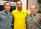 Almeida yeni takımına imzayı attı