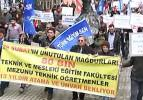Atanamayan öğretmenlerden Taksim'de protesto