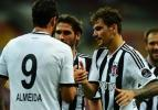 Beşiktaş'ta çifte şok! Yine sakatlandı!