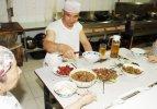 Çin'de Müslümanlar ilk oruçlarının bugün açtı