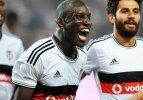 Demba Ba, Kara Kartal'ı play-off'a uçurdu