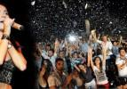 Dünyaca ünlü sanatçıdan Bursaspor'a jest