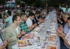 Feshane'de 6 bin kişi birden iftar yaptı