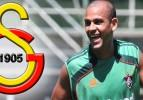 Galatasaray yıldız oyuncuyu 1 yıl sonra ikna etti