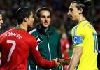 İbrahimovic'ten Ronaldo'ya ilginç hediye!