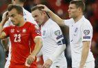 İngiltere 8'de 8 yaptı, Rooney tarihe geçti