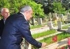 Kılıçdaroğlu Deniz Gezmiş'in mezarına gitti