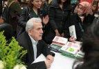 Mehmet Ali Bulut'un imza gününe yoğun ilgi