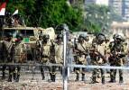 Mısır ordusundan tünellere şafak baskını