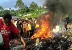 Papua Yeni Gine'de orta çağ vahşeti: Diri diri yaktılar