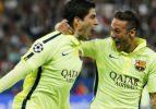PSG'yi Neymar ve Suraez yıktı