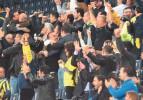 Saraçoğlu'nda seyircisiz maçta tezahurat