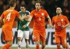 Daley Blind'den Sneijder'e cevap
