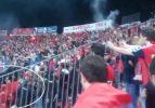 Türk bayrağını gören Ermeni taraftarlar çıldırdı!