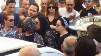 Türkan Şoray'ın zor anları: Cenazede fenalaştı