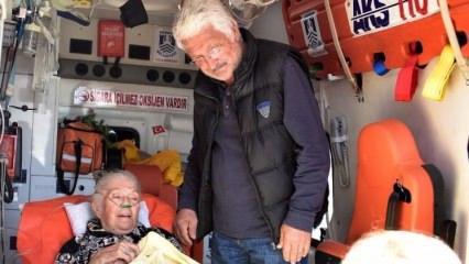 Salih Kalyon'un kayınvalidesi ambulansla geldi