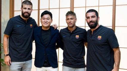 Arda, Neymar ve Pique Tokyo'da!