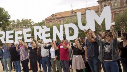 Katalonya'da bağımsızlık referandumu askıya alındı