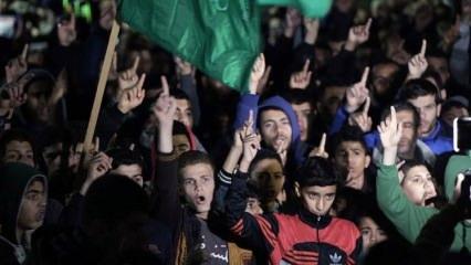 Ortadoğu'da insanlar sokaklarda