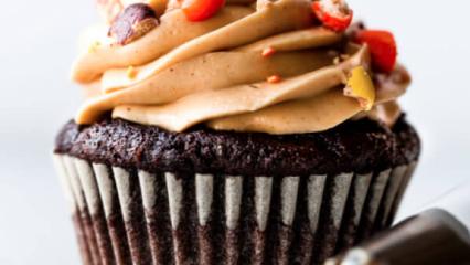 Bitter çikolatalı cupcakes