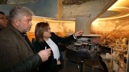 Başkan Şahin Panorama Müzesini inceledi