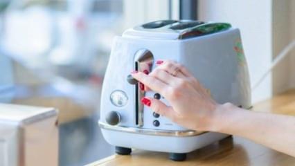 Ekmek kızartma makinesi nasıl temizlenir?