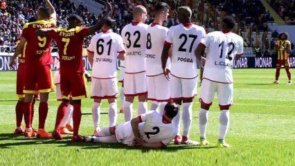 Süper Lig maçında ilginç pozisyon!