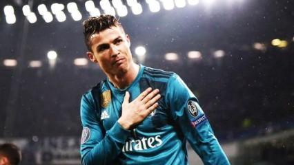 Tarihi transferi duyurdu! 'Ronaldo imzaladı'