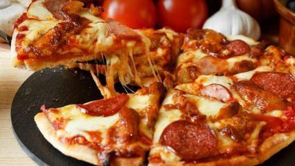 Evde kolay sucuklu pizza nasıl yapılır?