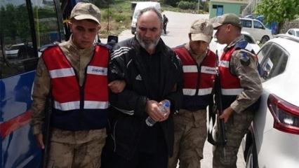 Kırmızı bültenle aranıyordu! Türkiye'de yakalandı