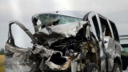 Korkunç kaza! 5 kişilik aile yok oldu