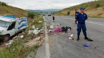 Bursa'da korkunç kaza! 2 ölü, 22 yaralı