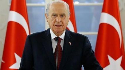 Devlet Bahçeli kimdir? MHP Genel Başkanı Devlet Bahçeli hakkında...