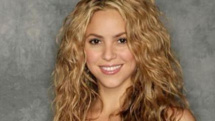 Shakira tüm ailesiyle İstanbul'a geliyor