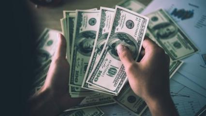 Açığa dolar alıyordu! O banka köşeye sıkıştı