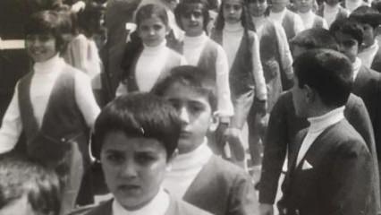 Cem Davran ilkokul yıllarına ait bir fotoğraf paylaştı