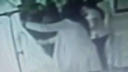 Sağlık çalışanına tekme tokat saldırdılar!