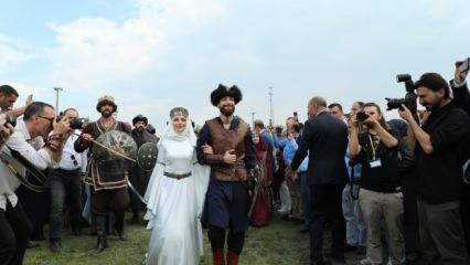 Recep Akdağ'ın oğlu 'Kayı Düğünü' ile evlendi