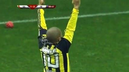 Dev derbi öncesi Alex o golü paylaştı!