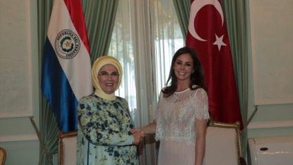 Emine Erdoğan Paraguay'da TİKA'nın yardım programına katıldı
