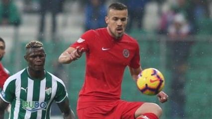Antalyaspor'da Chico kariyer rekorunu kırdı