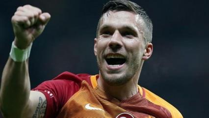 Podolski'den Galatasaray taraftarına mesaj
