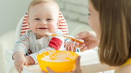 Bebekler için evde kolay bebek maması tarifleri!