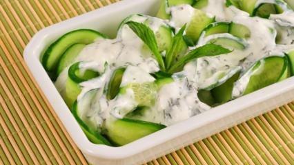 2 haftada 5 kilo verdiren yoğurt salatası