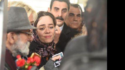 Ayşen Gruda'nın cenazesinde fotoğraf kavgası!