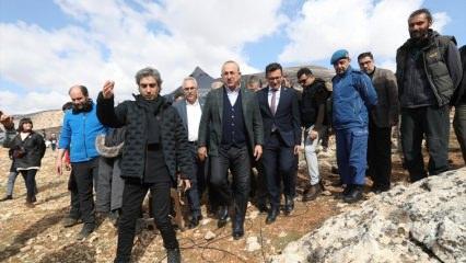 Mevlüt Çavuşoğlu nöbet dizisinin setini ziyaret etti