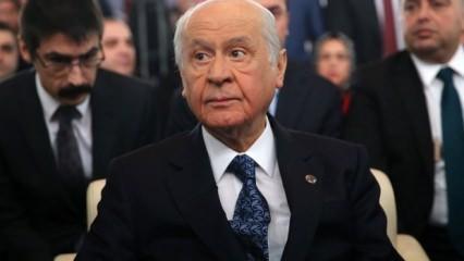 Bahçeli 'AK Parti' yapsın deyip ekledi: Yıldırım gibi çakar!